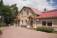Hostel-rakennus sisäpihalta katsottuna